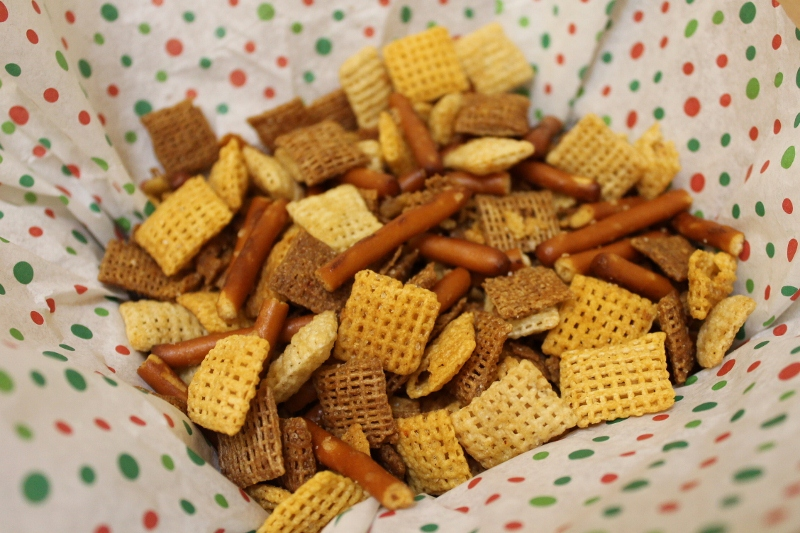 Christmas Favorites} Chex Party Mix | Creative Kitchen